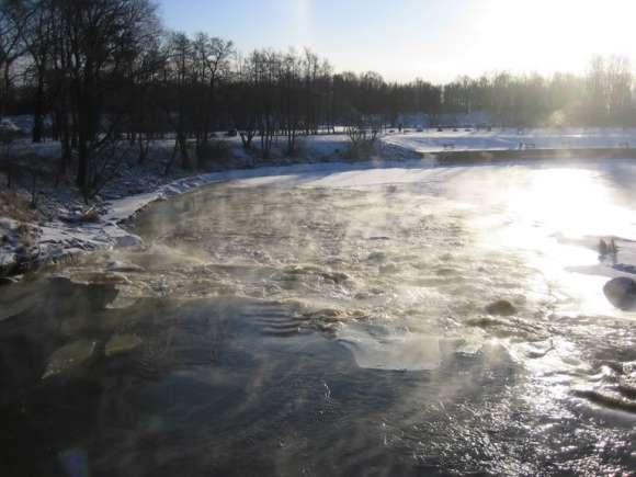 Ensimmäisen blogipäivityksen kuva Vantaanjoen alajuoksulta vuonna 2006.